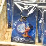 D23 アクリルキーホルダー 1,080円