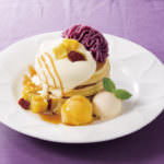デニーズ「紫芋と黒ごまのパンケーキ」
