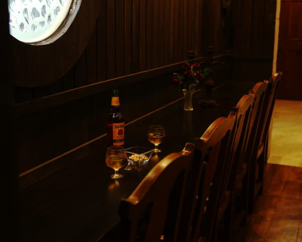 Beauty&the Beast「船内の酒場」