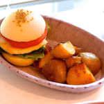 チキンハンバーガー ベークドポテト CHICKEN HUMBUGGER WITH BAKED POTATO ¥1,400