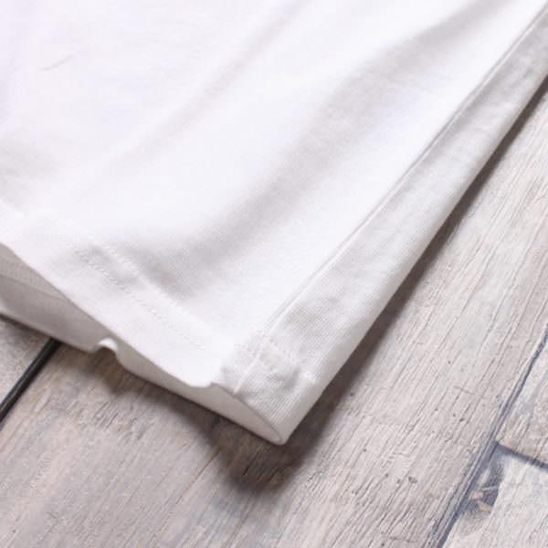 ミッキーマウスポケット付きTシャツ 裾
