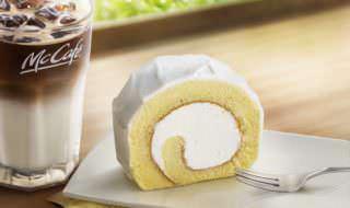 マックカフェ 贅沢ロールケーキメイン