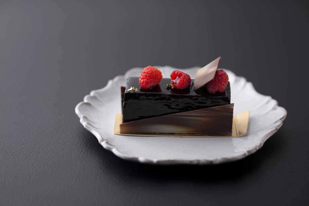 トスティーナ 浦安豆乳のラズベリーチョコレートケーキ