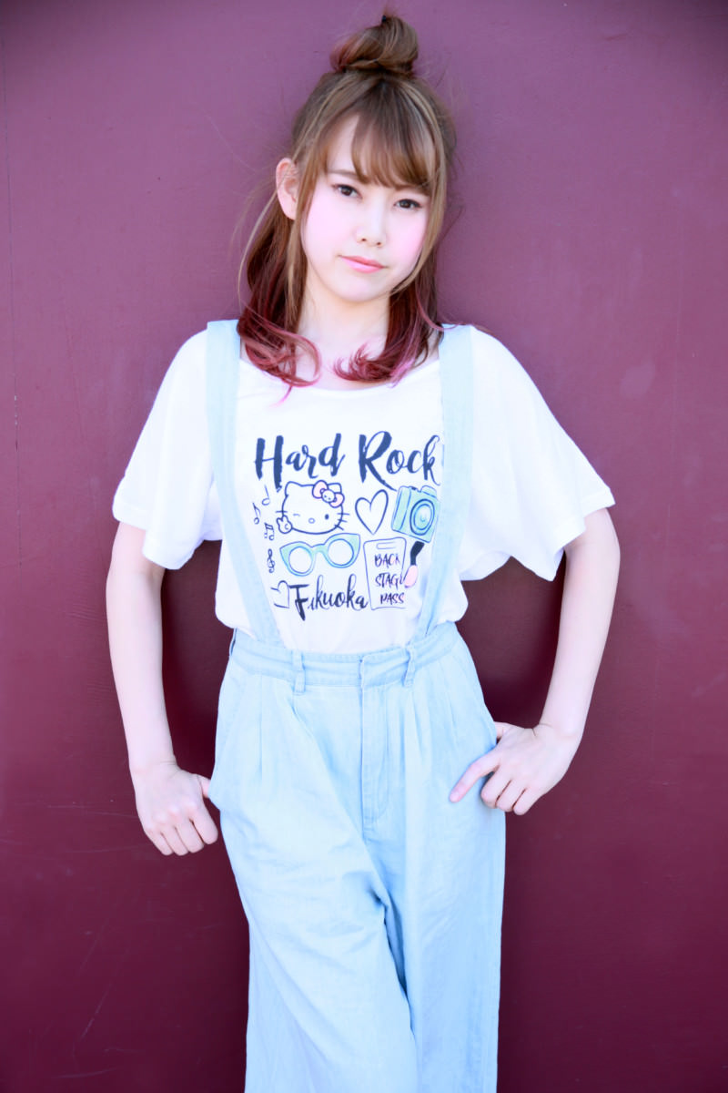 ハードロックカフェ Ladies Hello Kitty Watercolor Tee White