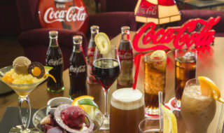 日本初の「コカ・コーラバー」