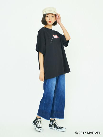 earth music&ecology ビッグTシャツ ブラックポーズ2