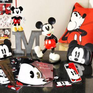 ディズニーストア:ミッキーマウスのチャーミングな表情を活かした新商品が続々登場