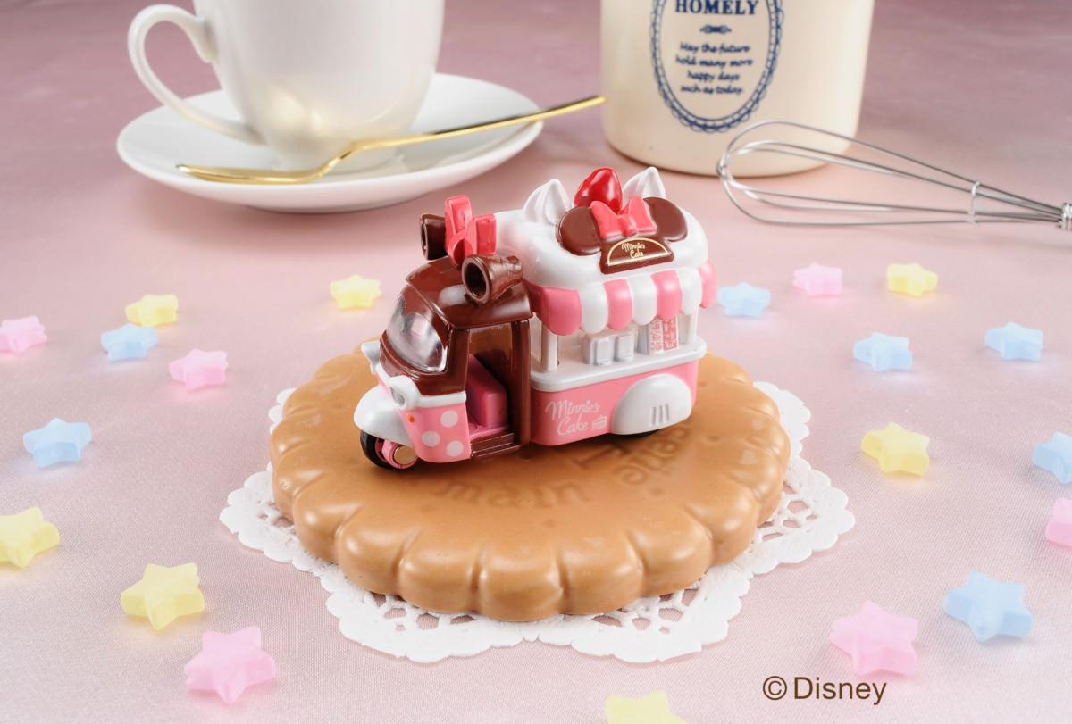 DM-15 ドゥービー ミニーマウス   スイーツみたいに甘くおしゃれなデザイン!タカラトミー ディズニーモータース「バレンタイン&ホワイトデー2018」トミカ