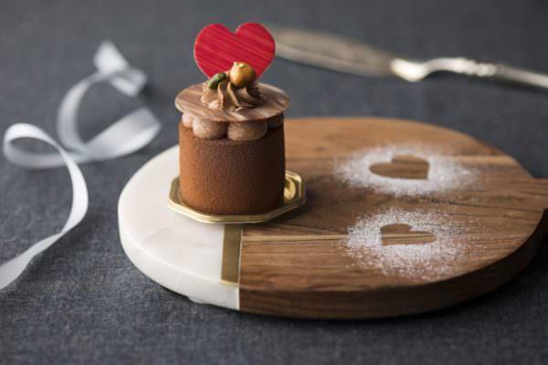 ミルクチョコレートとプラリネムース