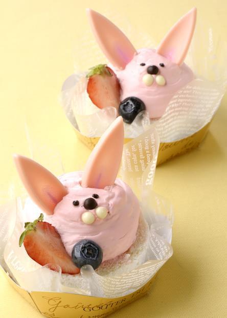 ベリーベリー 「うさぎのイースターロールケーキ」