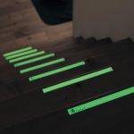 蓄光の階段シール