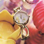 バングル型腕時計