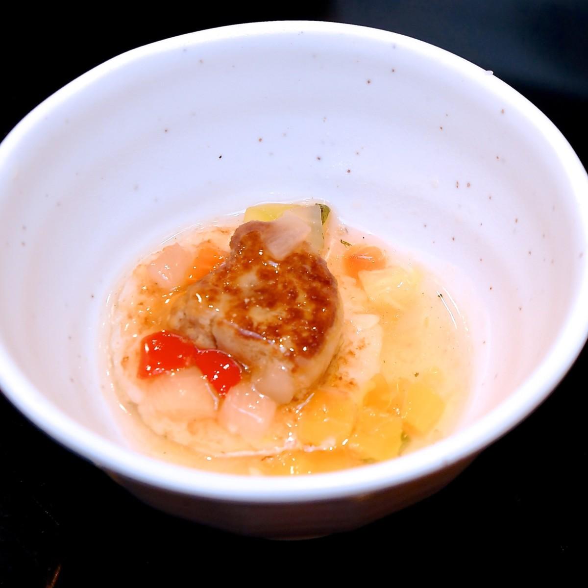 ディナー限定 鉄板 焼チーズリゾット スープ仕立て フォアグラ添え アップ