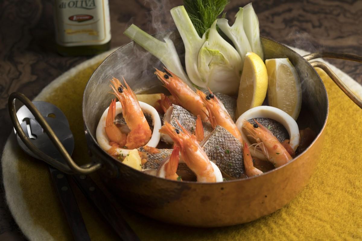 ポルトガル風シーフード鍋(ポルトガル)