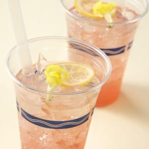 スパークリングカクテル(ピンクグレープフルーツ&エルダーフラワーシロップ)