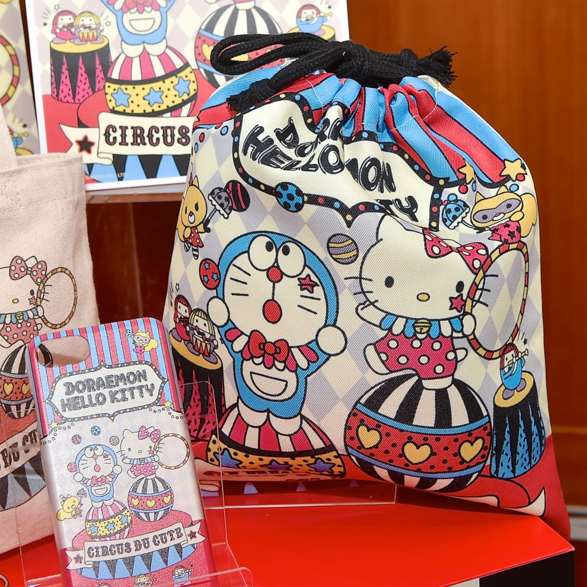 「DORAEMON × HELLO KITTY」3