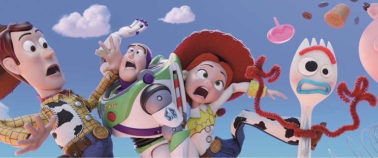 TOY STORY 4 場面カット