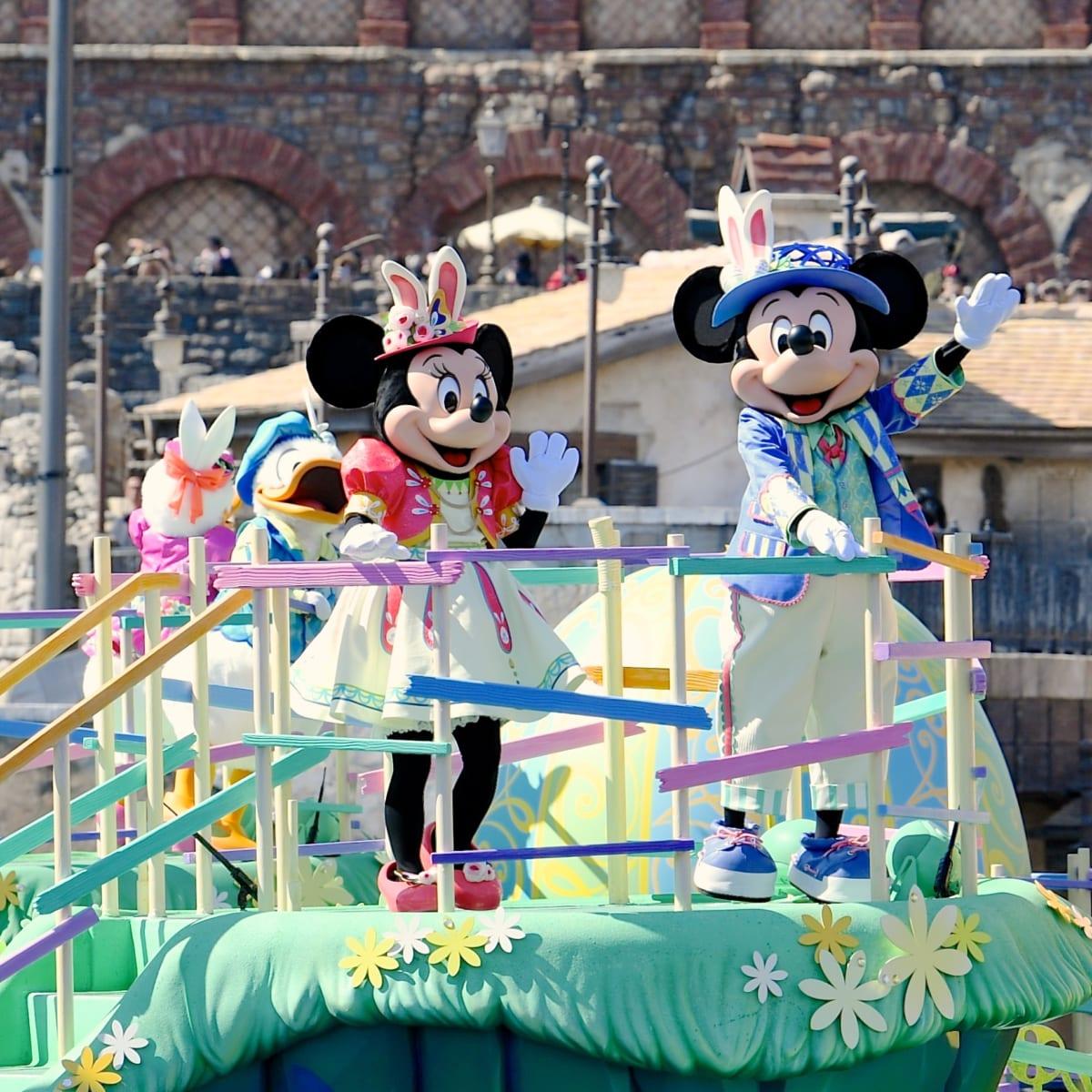 """東京ディズニーシー""""ディズニー・イースター2019""""『Tip-Topイースター』ミッキーマウスとミニーマウス"""