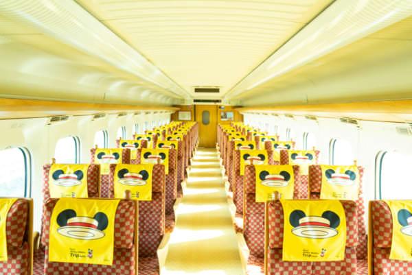 ミッキーマウス 新幹線 車内デザイン2