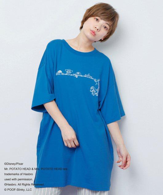 BACKロゴTシャツ2