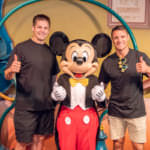 ダン・カーター氏とリッチー・マコウ氏とミッキーマウス