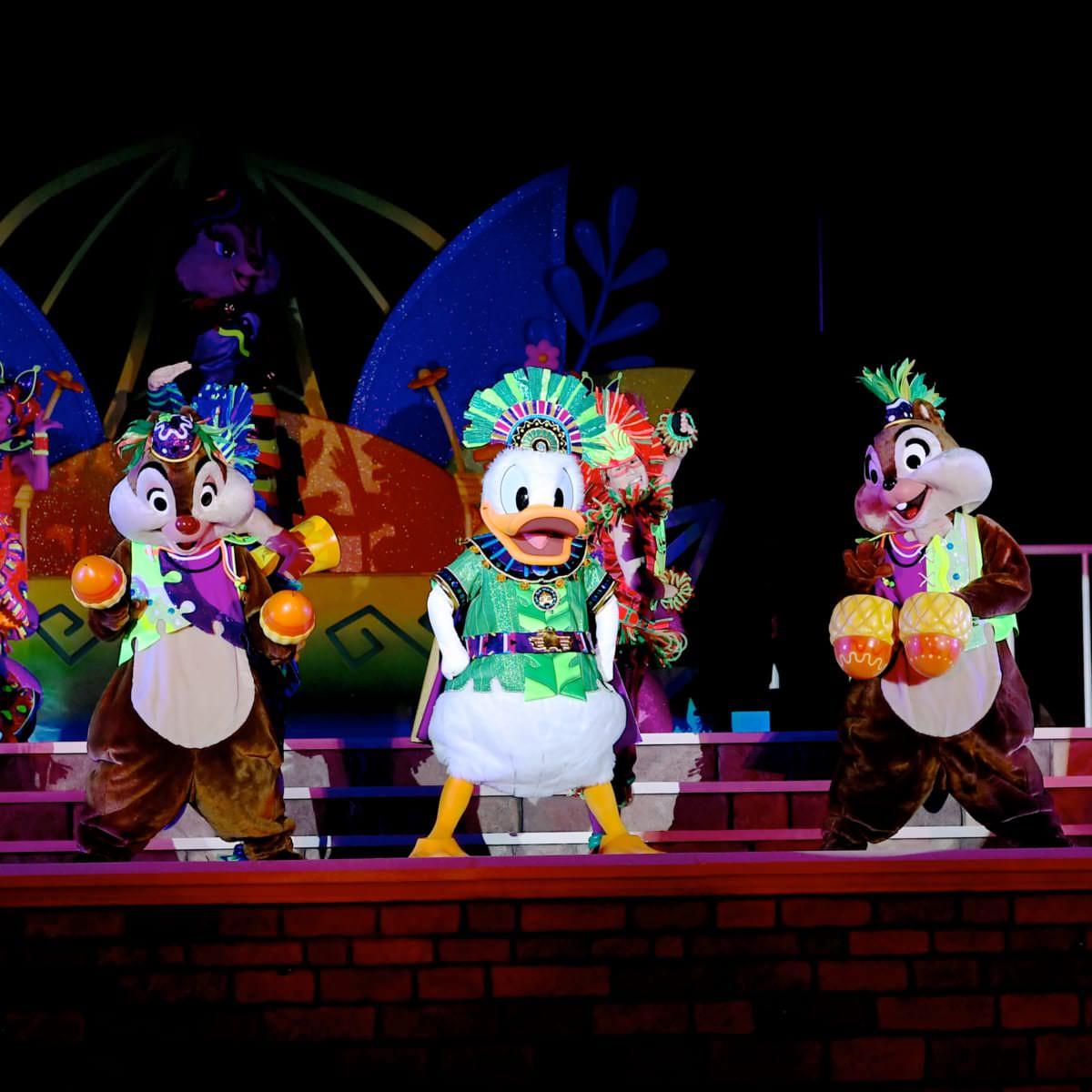 """東京ディズニーランド""""ドナルドのホットジャングル・サマー2019""""メインショー『オー!サマー・バンザイ!』5"""