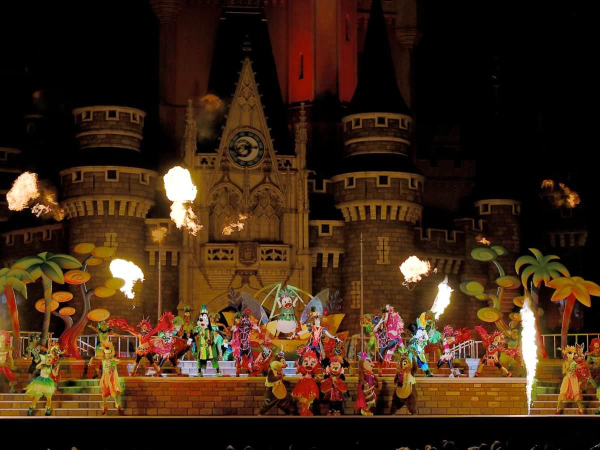 """東京ディズニーランド""""ドナルドのホットジャングル・サマー2019""""メインショー『オー!サマー・バンザイ!』10"""