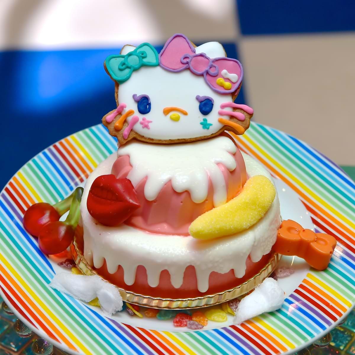 原宿×KAWAII×キティのスイーツゴーランドケーキ2
