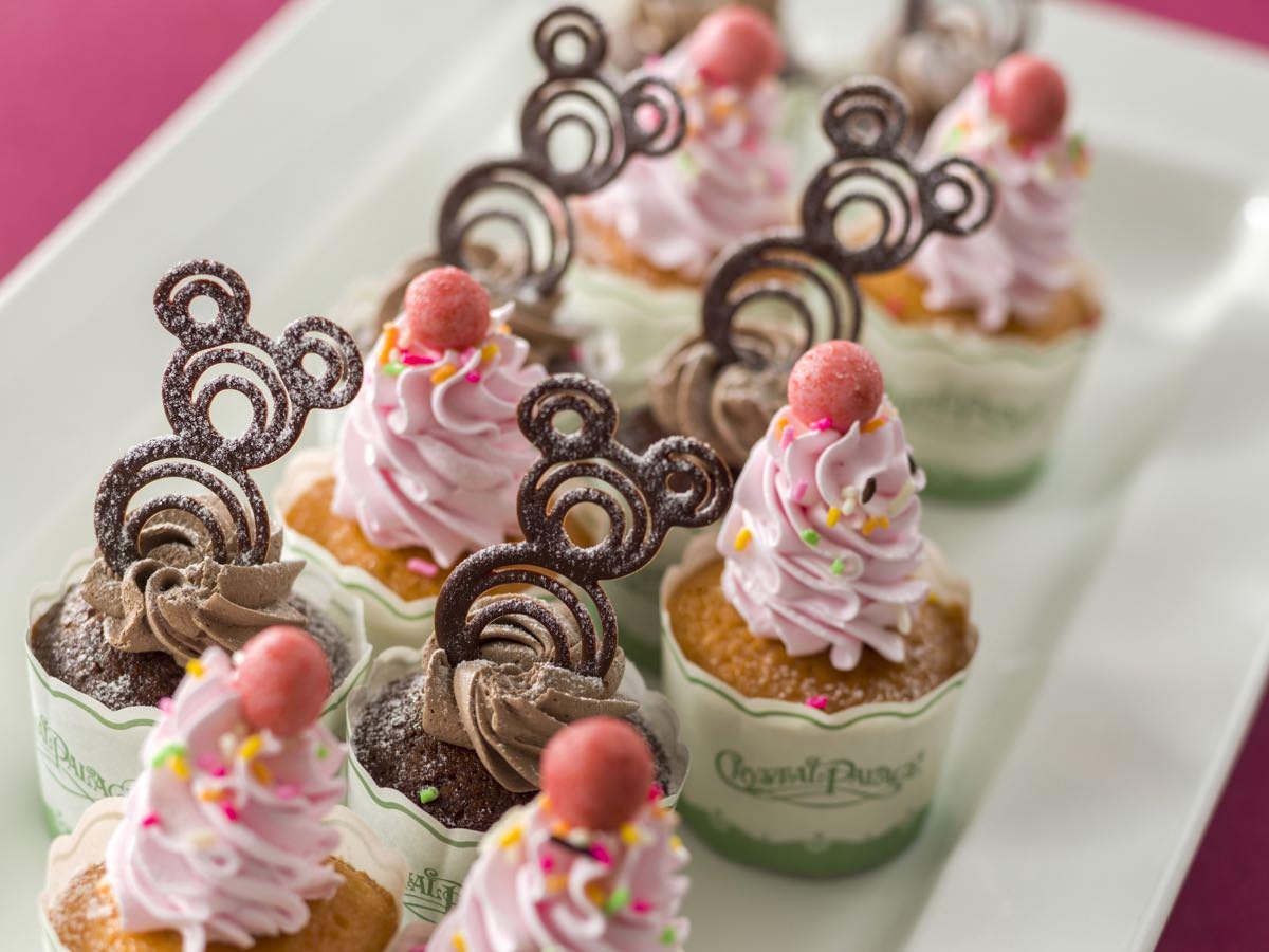 カップケーキ(プレーン、チョコ)