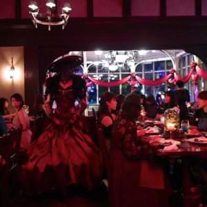 『パークサイド・グリル~呪われた薔薇の宴~』亡霊