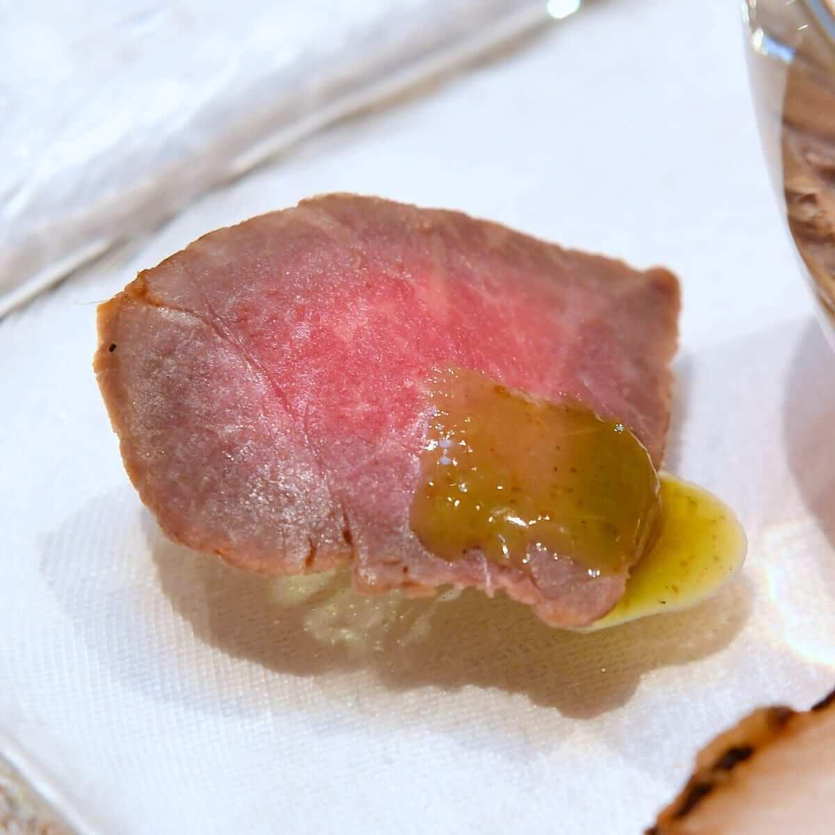 シルクロードガーデン ディズニークリスマス2019スペシャルメニュー 牛肉たたき