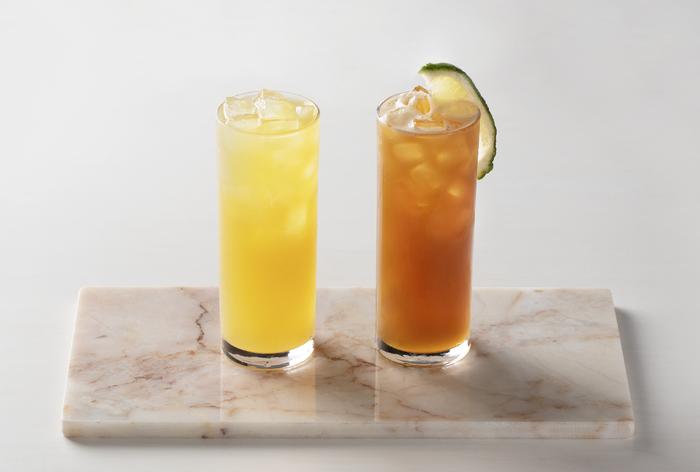 2種類のノンアルコールのヴァージンティーカクテル