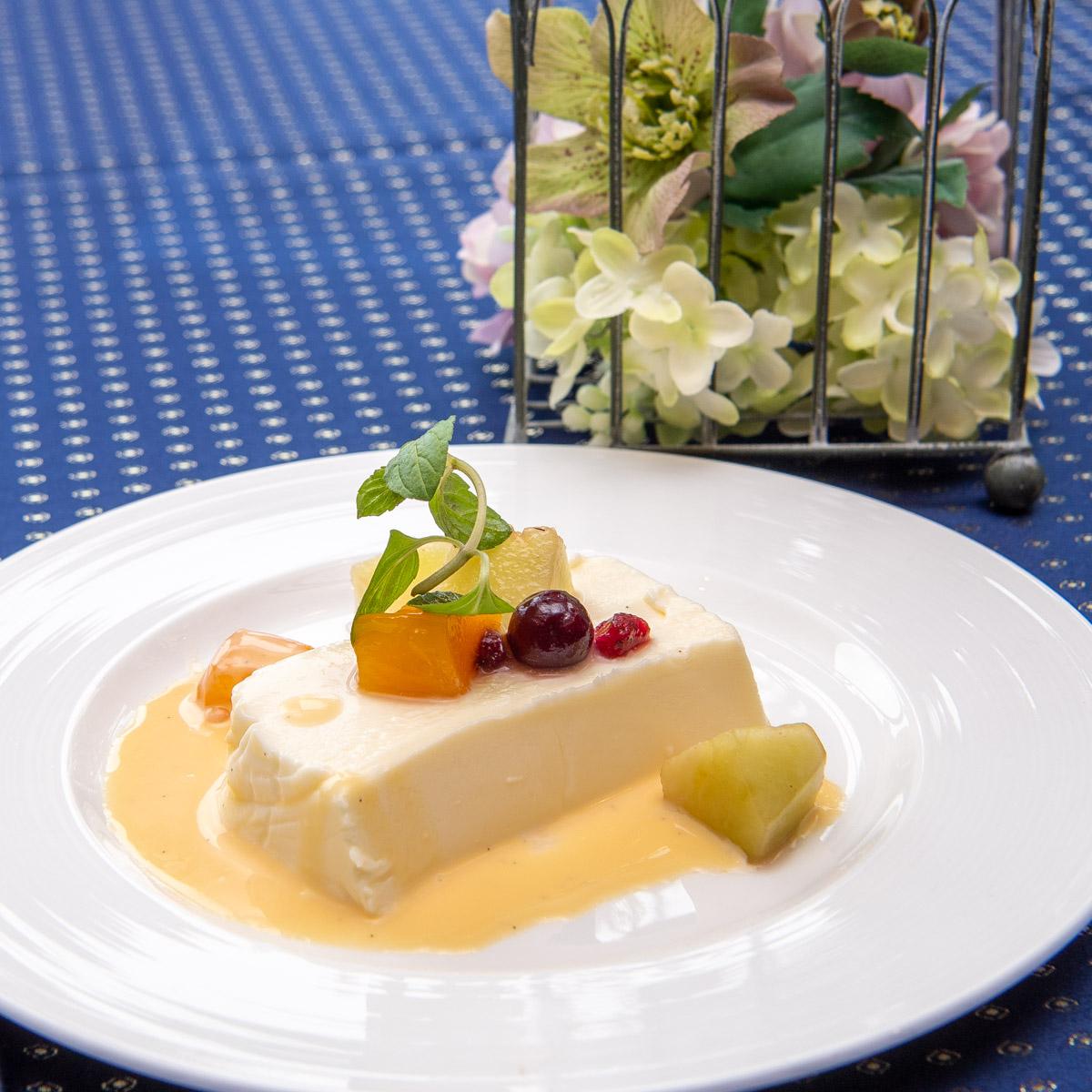 SPA & HOTEL 舞浜ユーラシア「幻のレストラン」パンナコッタ