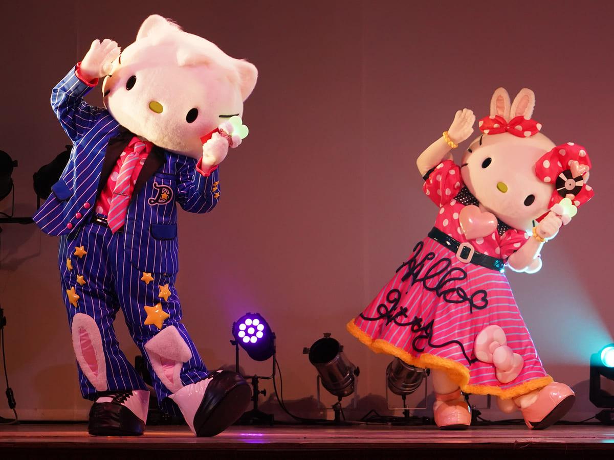 期間限定スペシャルショー「Egg'n'Roll Easter!」
