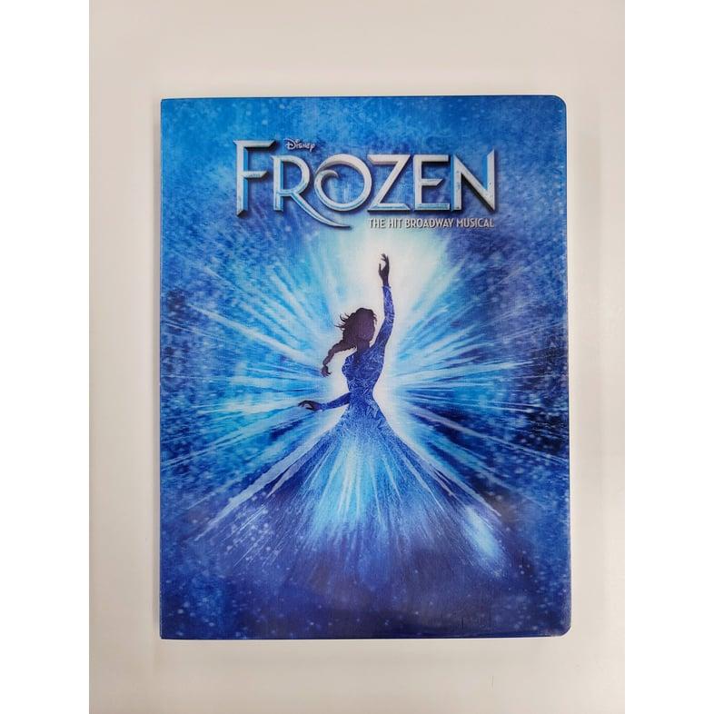 劇場とオンラインショップで『アナと雪の女王』オフィシャルグッズを販売