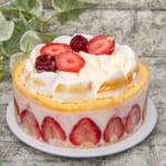 Cake.jp「いちごのアントルメ・グラッセ」2