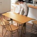 使わないときは簡単に折りたためるダイニングテーブル メイン